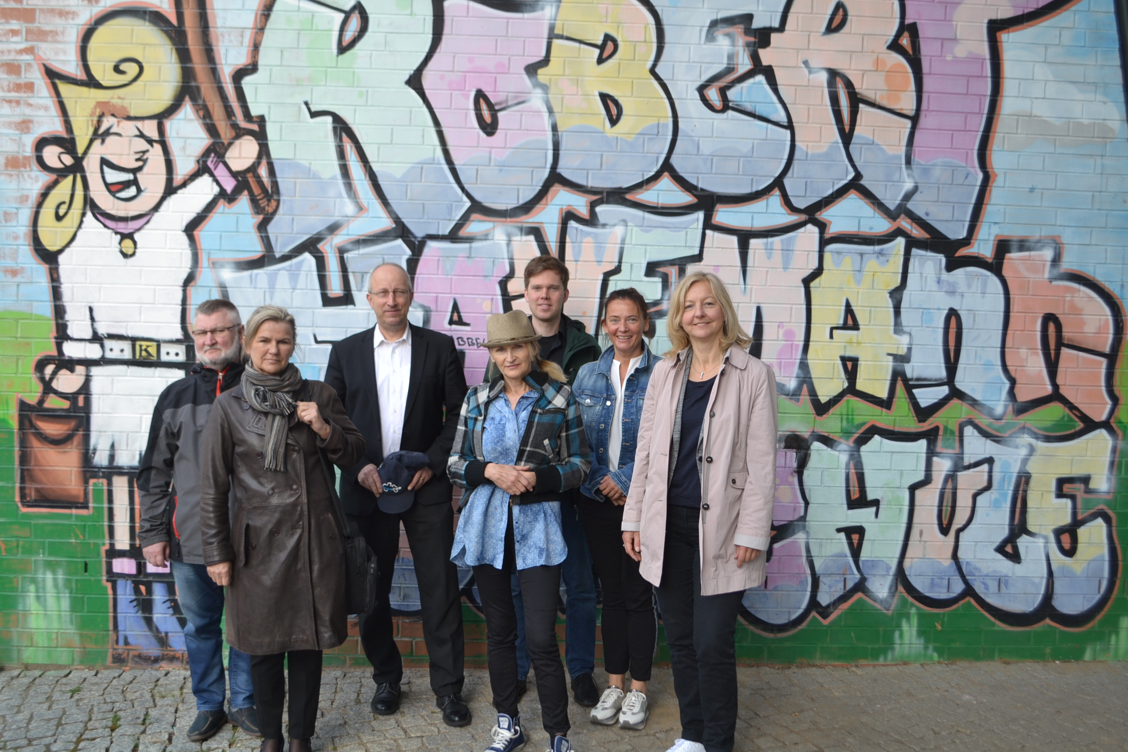 Standing Together For A Better Future Renewable Energy As Knowledge Transfer Agentur Fur Erneuerbare Energien